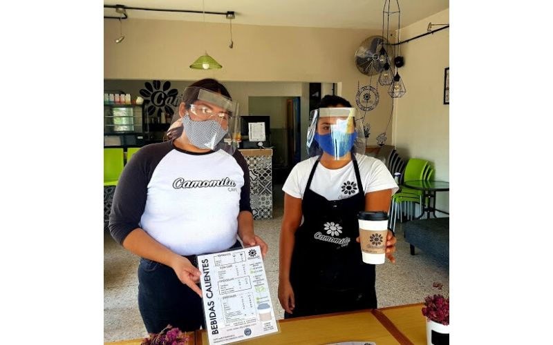Marla Vargas y Alejandra Mercado, cafetería Camomila