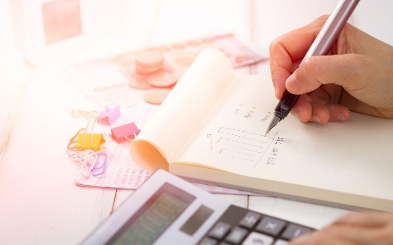 finazas personales: registra tus ingresos y gastos