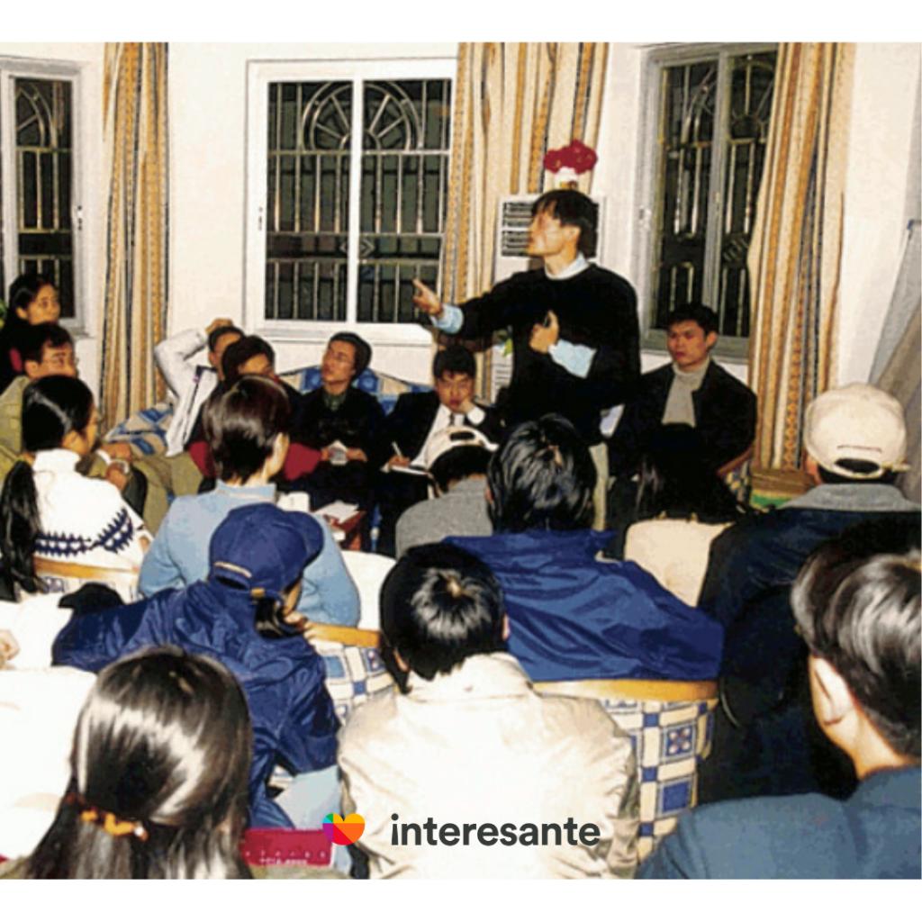 Alibaba.com fundada por Jack Ma en 1999
