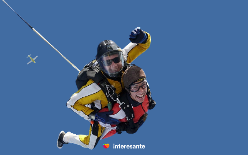 Valentine's Day skydiving