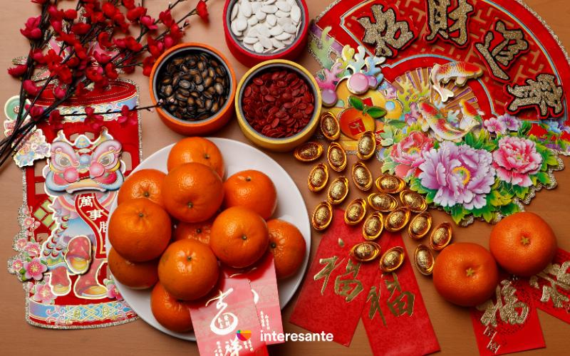 Chinese New year traditions, hong baos